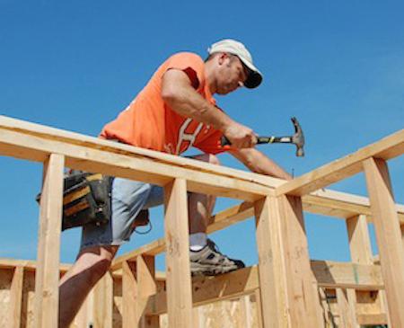 Carpenters Bang Thumbs