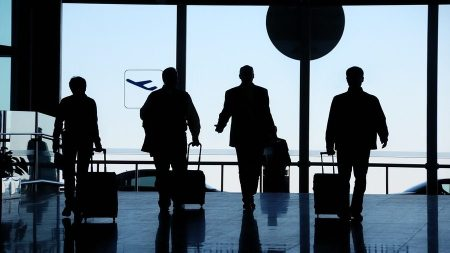 Business Travelers Prepare For War